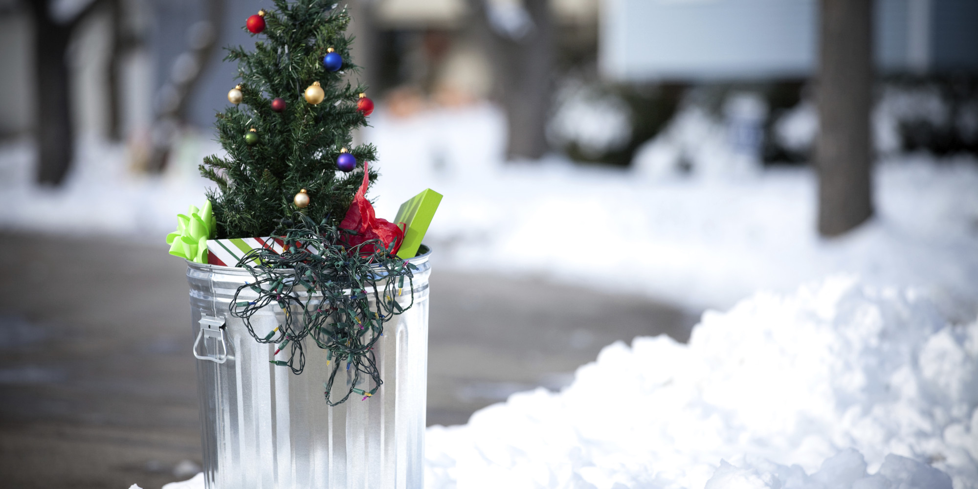 time to put away the christmas decorations - When To Take Down Christmas Decorations