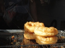 Doughnuts and fried egg (3)